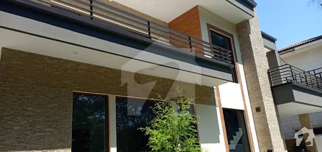 Brand New Luxury House Ideal Location Available For Rent Islamabad