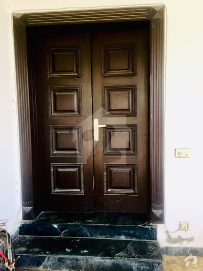 Upper Portion For Rent In DHA Phase 8 Block A