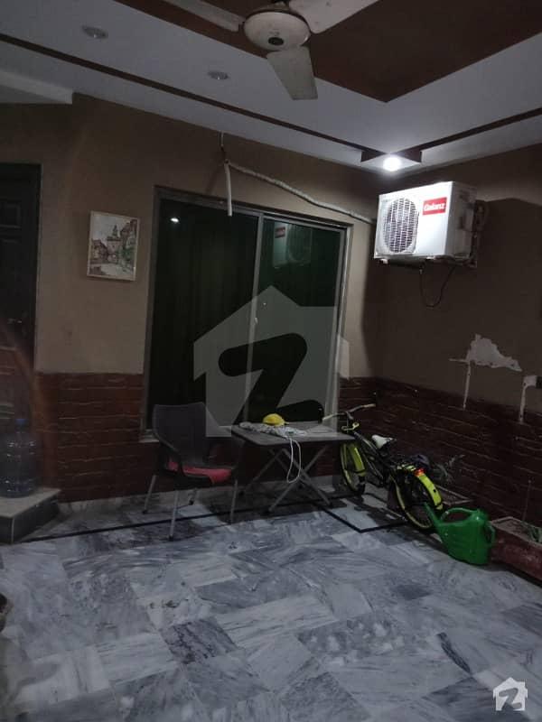 سعید کالونی - نیو گارڈن بلاک سعید کالونی فیصل آباد میں 4 کمروں کا 7 مرلہ مکان 1.55 کروڑ میں برائے فروخت۔