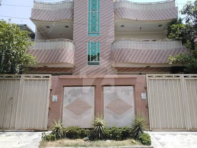 Good Location House For Sale In Hayatabad Phase 2 - J3