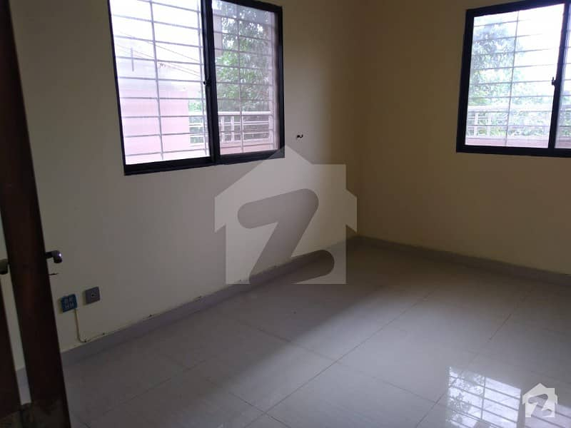 3 Bedroom Small Complex Apartment Is Available For Rent
