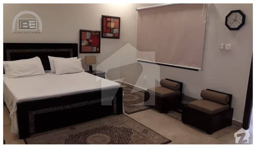 ڈی ایچ اے فیز 5 - ڈبل سی اے بلاک فیز 5 ڈیفنس (ڈی ایچ اے) لاہور میں 1 کمرے کا 4 مرلہ فلیٹ 85 ہزار میں کرایہ پر دستیاب ہے۔