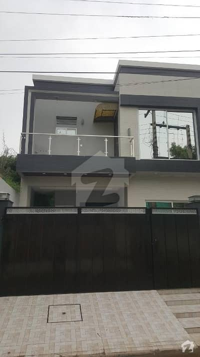 Iqbal Avenue Ph1 Near Wapda Town 10 Marla Brand New House 4 Bed