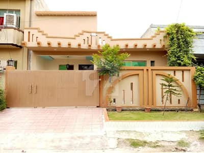 10 Marla Single Story For Sale In Pwd And Police Foundation Best Location Sirf Ak Call Janab Fatima Real Estate Pwd Near D-watson