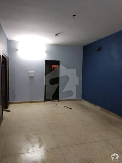 Flat For Sale - Main Nishtar Road Yasrab Plaza