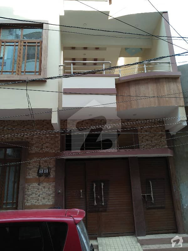 ال مدینہ ہاؤسنگ سوسائٹی کورنگی کراچی میں 4 کمروں کا 5 مرلہ مکان 1.7 کروڑ میں برائے فروخت۔