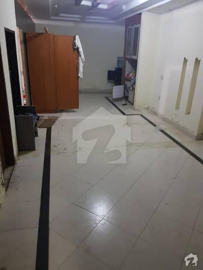 One Room Rent 15*13 Hall And A Kitchen