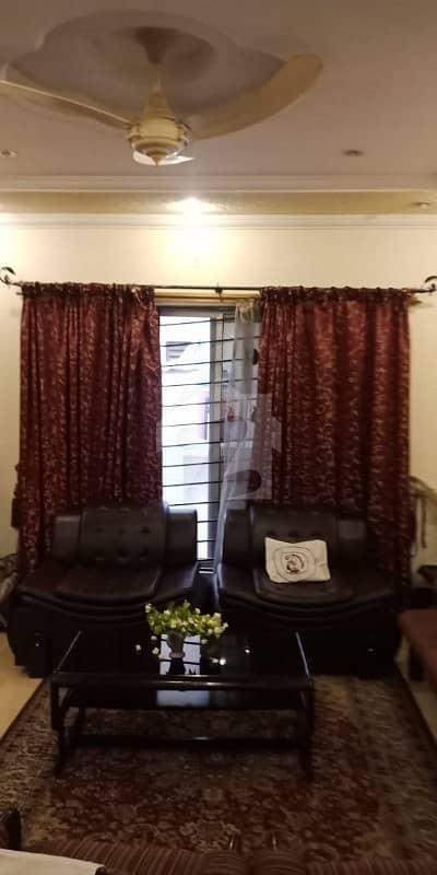 بحریہ ٹاؤن ۔ سوِک سینٹر بحریہ ٹاؤن فیز 4 بحریہ ٹاؤن راولپنڈی راولپنڈی میں 4 کمروں کا 10 مرلہ مکان 2.1 کروڑ میں برائے فروخت۔