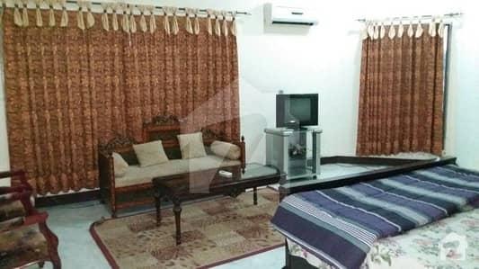 F-11 Markaz 666 Sq Yards 8 Bed Room Corner House For Sale