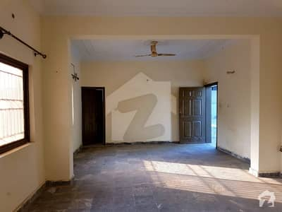 Bani Gala Main Road 2 Kanal Single Storey Old House For Rent With Huge Car Parking