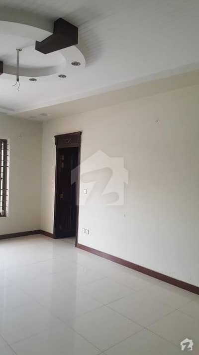 1 Kanal Upper Portion Available For Rent In Garden Town