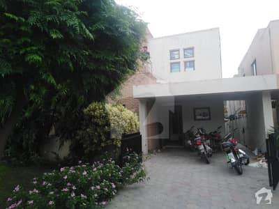 8 Marla Beautiful Safari Villas House For Rent In Bahria Town Lahore