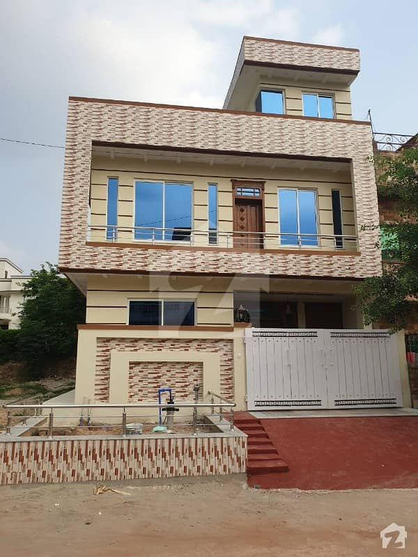 Brand New House 25x40 G-13 Islamabad 4 Marla Solid Castration Available For Sale
