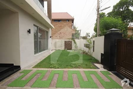 1 Kanal Brand New Furnished House For Sale