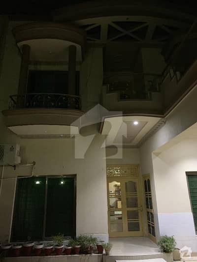 Spacious 10 Marla House For Urgent Sale