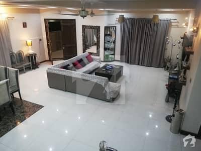 ایڈن ایگزیکیٹو ایڈن گارڈنز فیصل آباد میں 5 کمروں کا 14 مرلہ مکان 1.25 لاکھ میں کرایہ پر دستیاب ہے۔