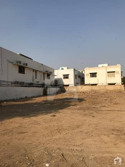 500 Yards Zulfiqar Street 19 B Zone Phase 8 West Open Ideal For Construction