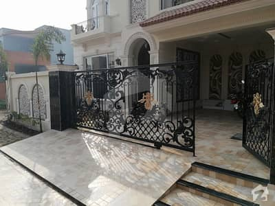10 Marla Brand New Spanish Beautiful Pair House For Sale In Phase 8 M Block Dha