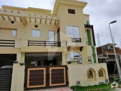 5 MARLA  BRANDNEW HOUSE FOR SALE IN ALI BLOCK BAHRIA TOWN PHASE 8