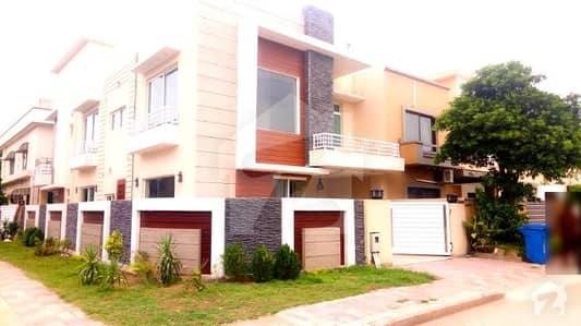 11 Marla Brand New Corner House Up For Sale