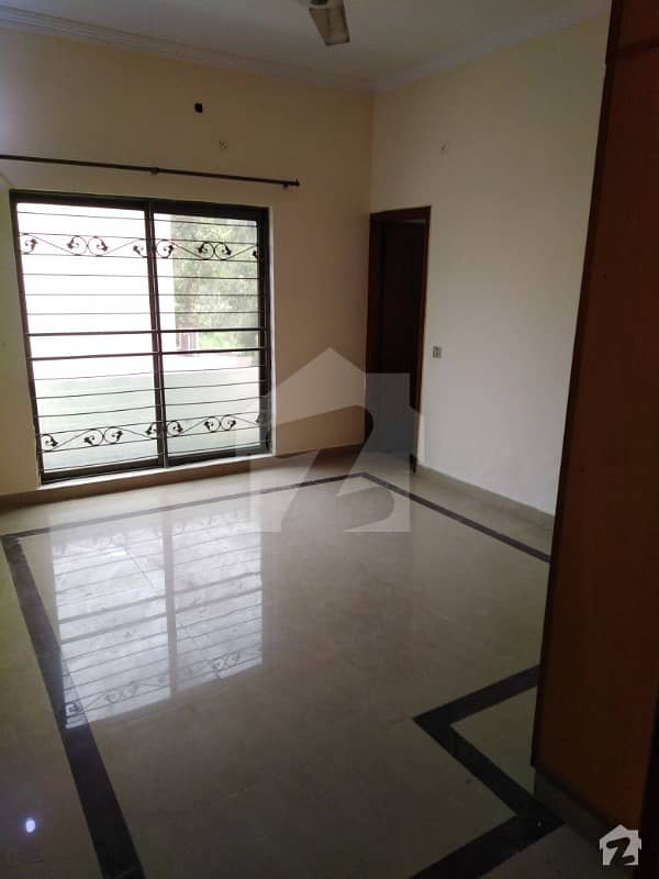Canal 3 Bed Excellent Lower Portion In Wapda Town Separate Gate Independent