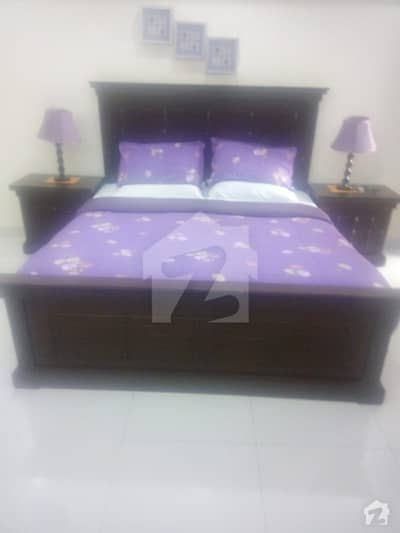Hot Deal One Kanal 1 Bed Room Attached Bath Fully Furnished Tv Lounge  Kitchen Independent For Rent In Dha Phase 3