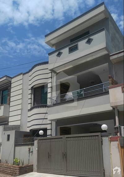 Airport Housing Society Sector 4  Double Unit All Facilities Available 5 Marla 4 Beds