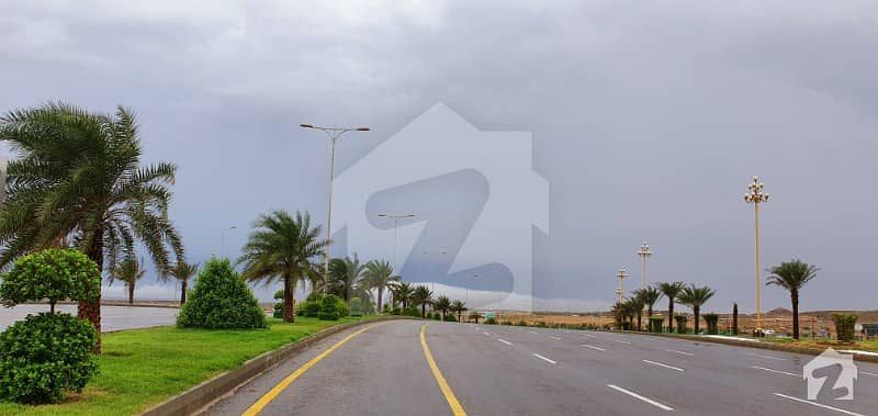 ڈومینن بزنس سینٹر بحریہ ٹاؤن کراچی کراچی میں 1 کمرے کا 6 مرلہ دفتر 1.25 کروڑ میں برائے فروخت۔