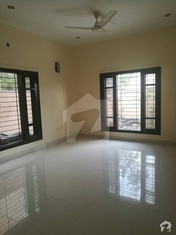 480 Sq Ft Office Available For Rent Clifton Block 3