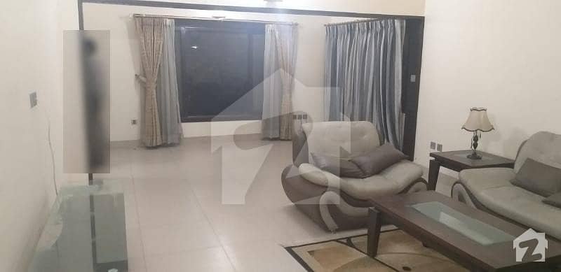 800 Yards Bungalow For Sale In Phase 1