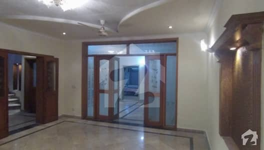 10 Marla House For Sale In Cantt Lahore