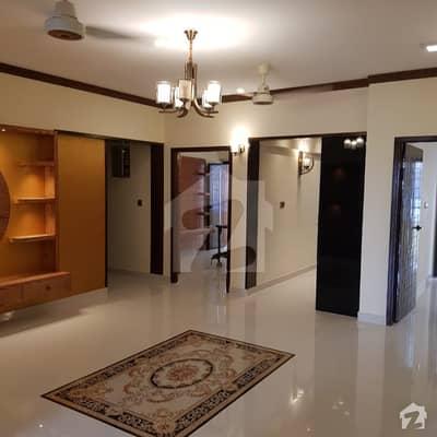 بخاری کمرشل ایریا ڈی ایچ اے فیز 6 ڈی ایچ اے ڈیفینس کراچی میں 3 کمروں کا 8 مرلہ فلیٹ 2.85 کروڑ میں برائے فروخت۔