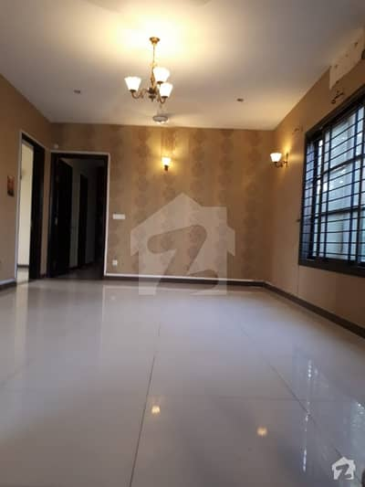300 Sq Yard Duplex Bungalow Available For Rent In Dha Phase 6