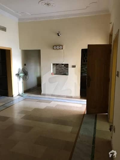 رائل ایونیو اسلام آباد میں 2 کمروں کا 0. 02 مرلہ مکان 23 ہزار میں کرایہ پر دستیاب ہے۔