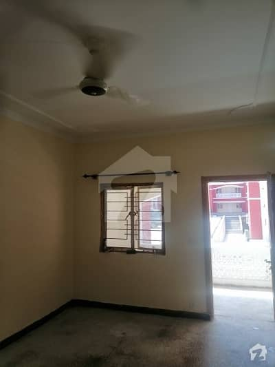 Pha Flat For Sale In G-10/2 D Type 900 Sq Feet