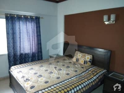 1 Bed Rooms Available For Rent
