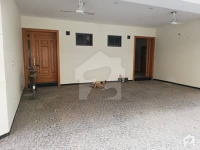 8 Bed House For Rent In F6
