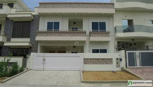 30x60 Newly Built House For Sale In G-13/2