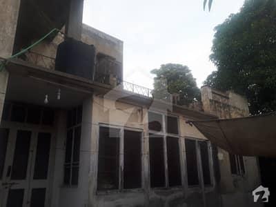 نیو مسلم ٹاؤن لاہور میں 2.1 کنال مکان 6.95 کروڑ میں برائے فروخت۔