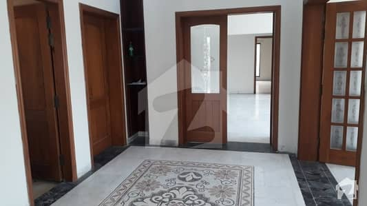 1 Kanal House For Rent Park View Good Location Good Condition
