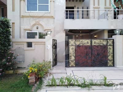 5 Marla House For Rent In Usman Block Sector B Bahria Town Lahore