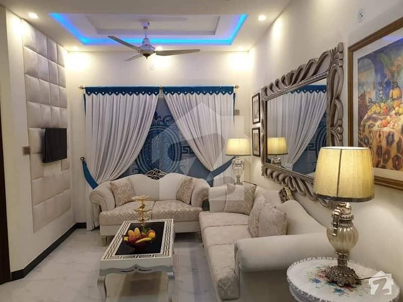 اومیگا ریزیڈینسیا لاہور - اسلام آباد موٹروے لاہور میں 3 مرلہ بالائی پورشن 22. 9 لاکھ میں برائے فروخت۔