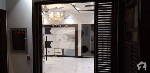 10 Marla Luxurious Bungalow Available For Rent In Dha Phase 6 Block A