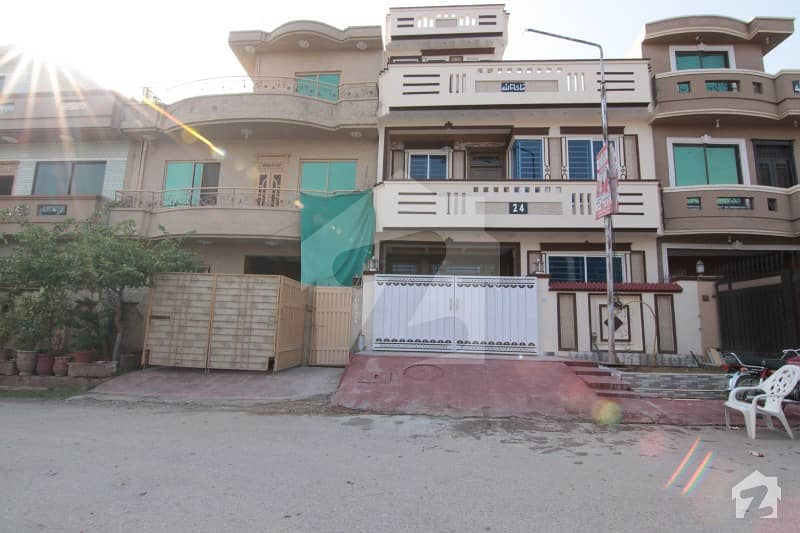 Brand New 25x40 Beautifully House For Sale In G-13