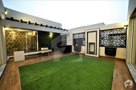 1 Kanal Most Fabulous Architectural Design Bungalow For Sale Having Solid Construction