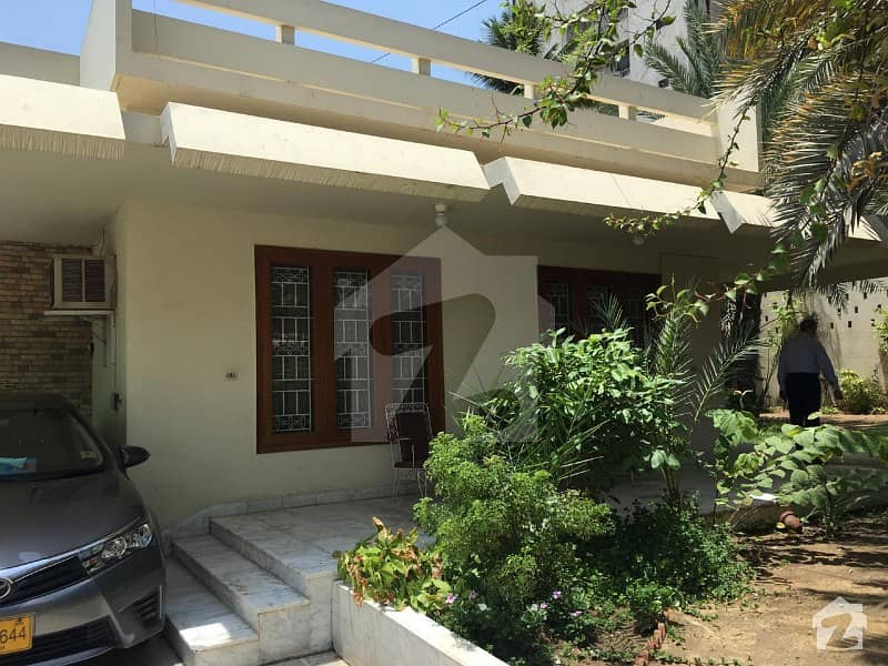 1000 Yards House On Rent For Commercial Purpose In Clifton