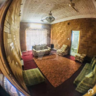 ارباب سبز علی خان ٹاؤن ورسک روڈ پشاور میں 4 کمروں کا 12 مرلہ زیریں پورشن 40 ہزار میں کرایہ پر دستیاب ہے۔