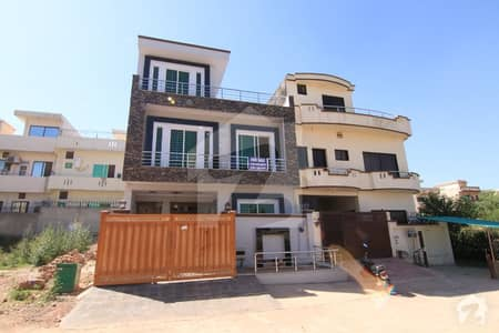 Brand New 25x40 Beautifully House For Sale In G13