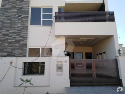 گرین ویلی سمندری روڈ فیصل آباد میں 4 مرلہ مکان 65 لاکھ میں برائے فروخت۔