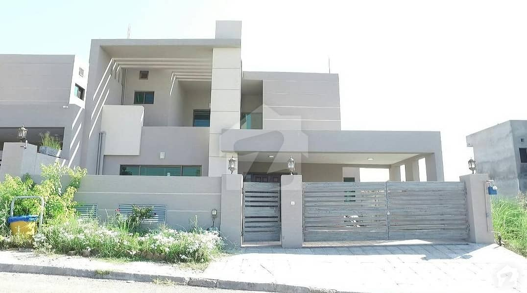 10 Marla House Is Available For Sale In Zaraj Scheme - Sector B Islamabad